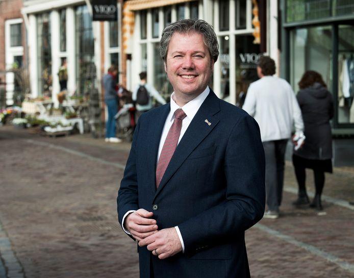 Burgemeester Danny de Vries is dinsdag 100 dagen in functie.
