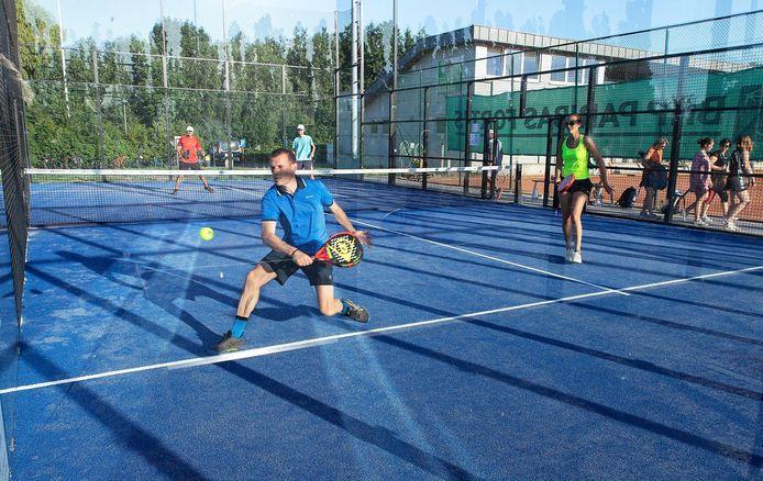 Tennisclub Aquila in Wingene moest al een ledenstop invoeren voor zijn padelvelden.