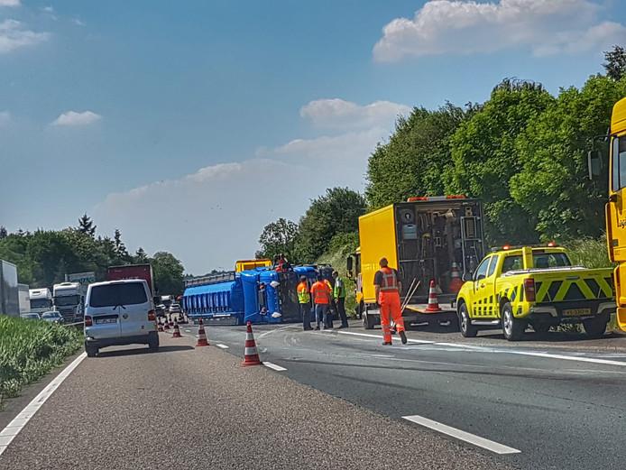 Ongeluk op de A67 bij Veldhoven.