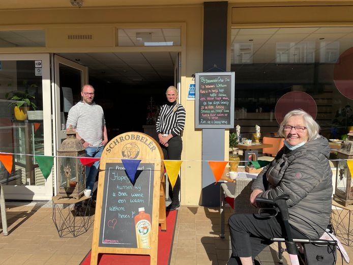 Een bezoekje aan horecagelegenheid Onder Ons betekent voor Dagmar Piechnick uit Vught veel meer dan alleen een kopje koffie drinken.