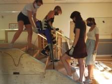 Studenten ontwerpen 'exoskelet' voor dwarslaesie-patiënten