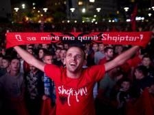 Spelers Albanië als helden onthaald bij thuiskomst