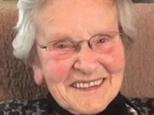 Miet van de Voort (95) uit Hooge Mierde bleef voor velen 'Miet Vivo'