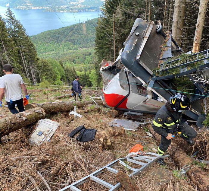 Kecelakaan kereta gantung menewaskan 14 orang.