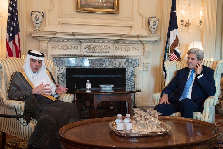 """De Saoedische minister van Buitenlandse Zaken Adel al-Jubeir verklaarde tijdens een onderhoud met zijn Amerikaanse collega John Kerry dat er al """"150 schendingen"""" waren van de wapenstilstand sinds eergisteren."""