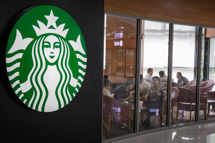 In de Verenigde Staten vanmiddag geen koffie maar trainingen bij Starbucks.