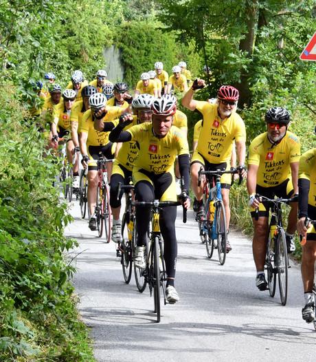 Eerste deelnemers Tukkers naar de Tour beginnen aan terugreis