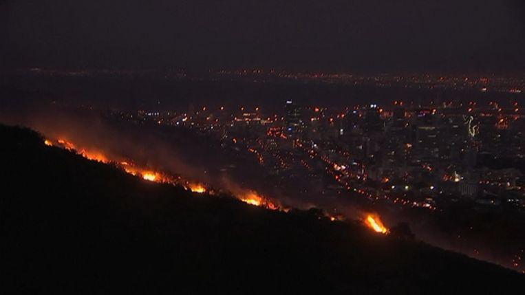Ook het nationaal park van de Tafelberg viel ten prooi aan de vlammen.