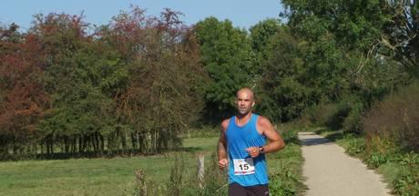 Geen halve marathon, maar allerjongsten wel bij Maasheggenloop