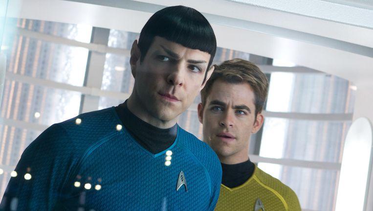 Een beeld uit Star Trek Into Darkenss. Links Zachary Quinto als Spock, rechts Chris Pine als Kirk. Beeld ap