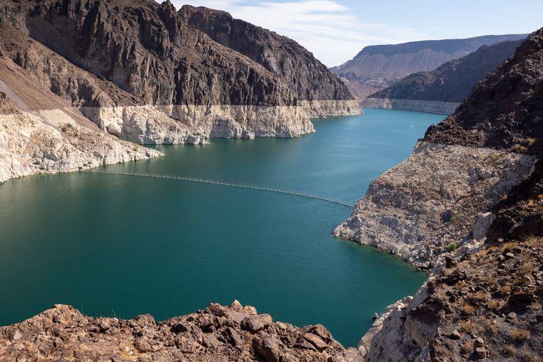 In Lake Mead is goed te zien dat het water eerder een stuk hoger stond. Beeld Getty Images
