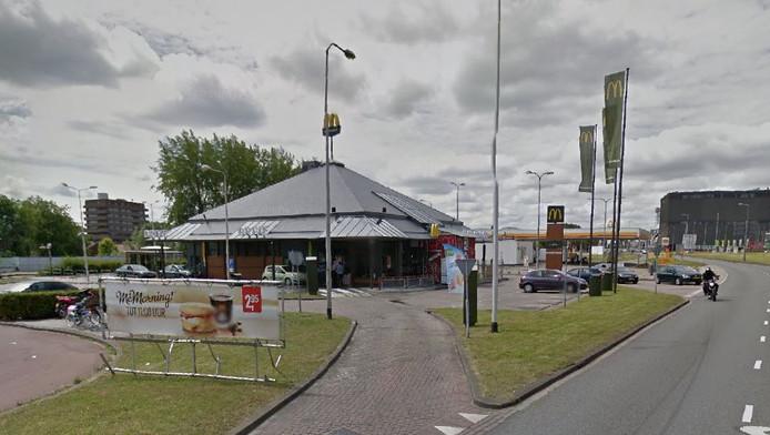 De McDonald's naast De Kuip in Rotterdam.