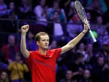 Medvedev en Tsonga maken geen fout en plaatsen zich voor finales