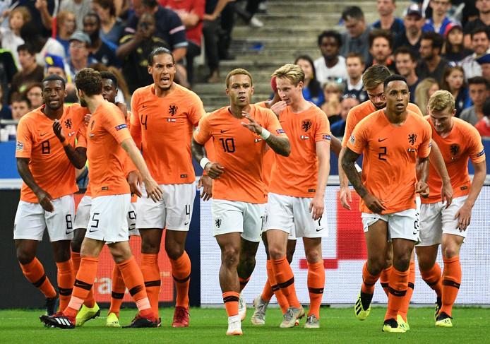 Het Nederlands elftal begon de Nations League met een nipte 2-1-nederlaag in het Stade de France.