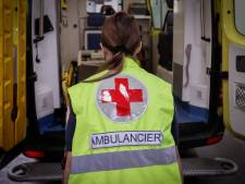 Les hospitalisations et les contaminations quotidiennes toujours en hausse
