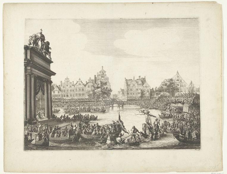 Aankomst van Maria de' Medici bij het drijvende theater op het Amsterdamse Rokin, 1638. De prent zou de inspiratie zijn geweest voor de Canal Pride.  Beeld Rijksmuseum