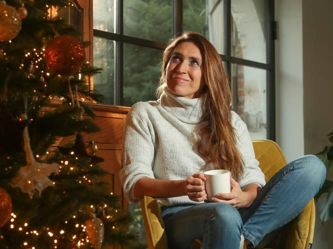 """Waarom redactrice en grote fan Sabine Vermeiren het kerstfeest niet per se wil redden dit jaar: """"Zet gezond verstand op het menu, geen kaashapjes"""""""