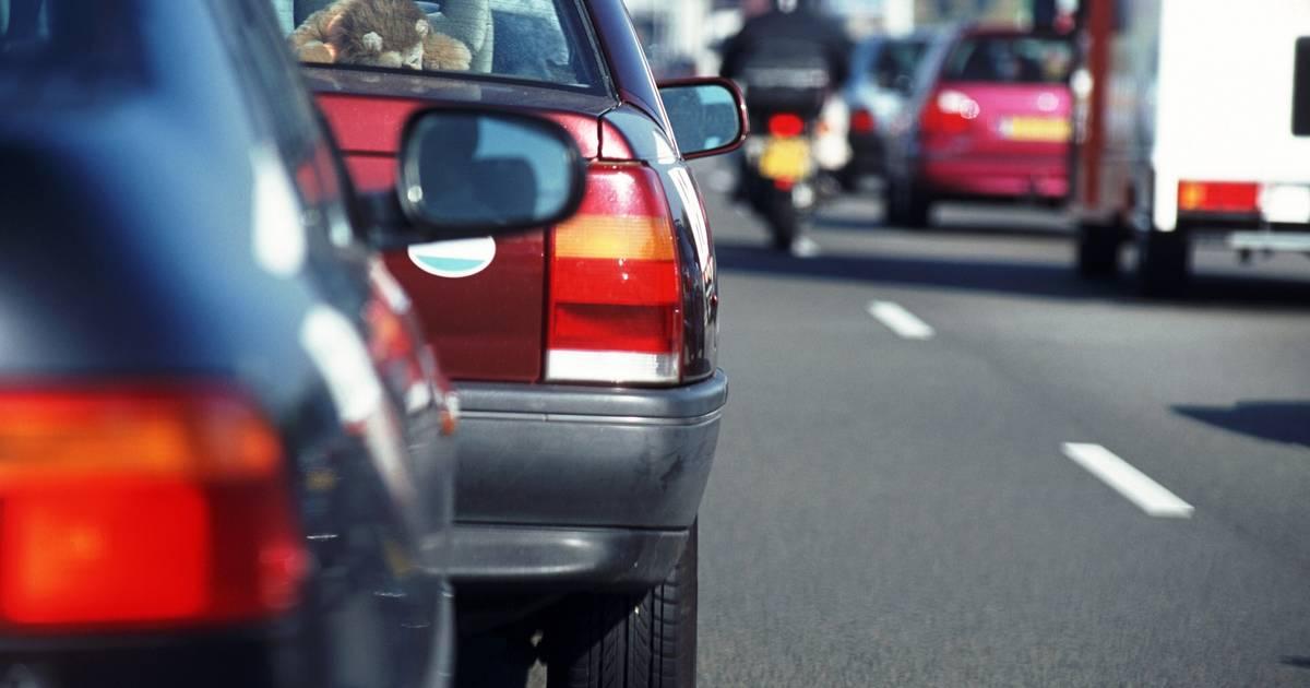 Ongeluk op A2 tussen Den Bosch en Eindhoven zorgt voor half uur vertraging.