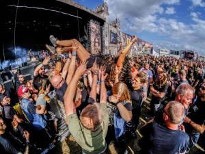 """""""Headbangen, moshpit, stagediven... het zal allemaal kunnen"""": festivalkoorts stijgt, steeds meer organisatoren prikken datum in drukke augustusmaand"""