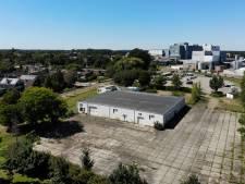 D66: 'Maak parkeerplaats voor ambtenaren aan Beukenlaan in Borculo, kosten aankoop 0 euro'
