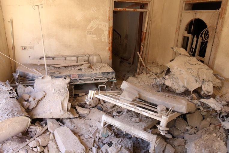 Eerder werden ook al veldhospitalen als deze kapotgebombardeerd. Beeld REUTERS