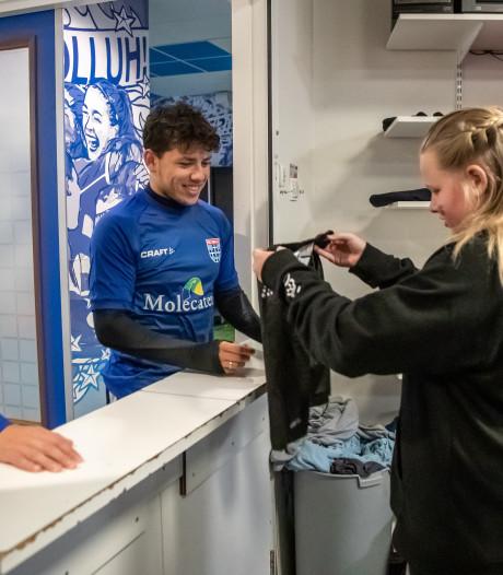 Kayleigh (11) werkt één dag bij PEC Zwolle: 'Ik wil laten horen wat kinderen vinden'