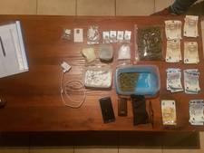 Bejaarde man (75) verdacht van drugs dealen in Draaibrug