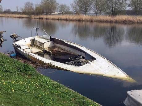 'Ook Maassluis verantwoordelijk voor wrakken in Boonervliet'