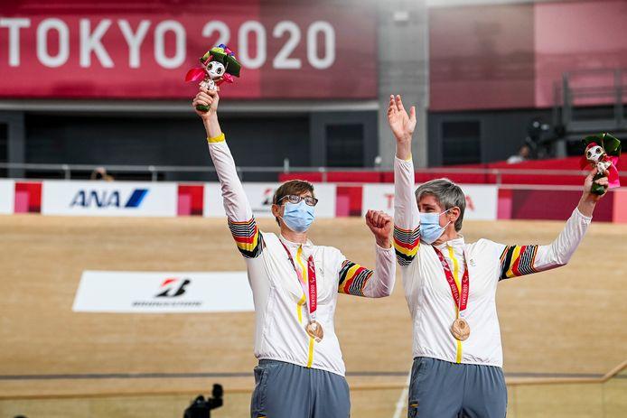 Griet Hoet, avec son pilote Anneleen Monsieur, a remporté la première médaille belge aux Jeux Paralympiques de Tokyo jeudi en cyclisme sur piste.