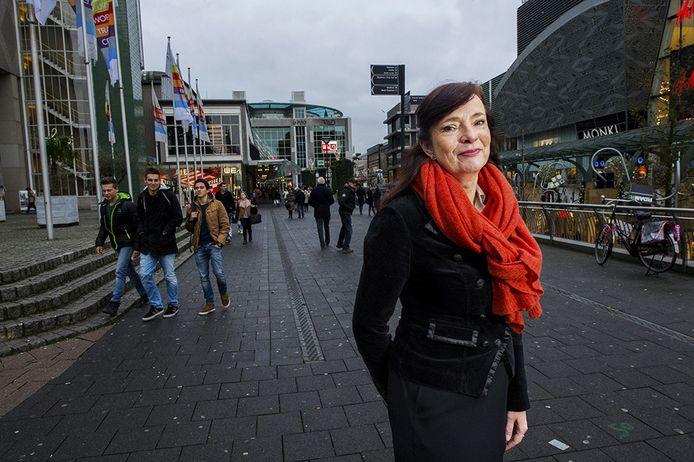 Ombudsman Anne Mieke Zwaneveld ziet 'onvoldoende verbetering' bij de gemeente Nissewaard.