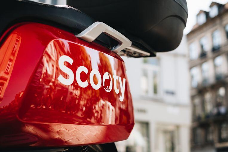 In Antwerpen en Brussel zijn de elektrische deelscooters van Scooty verdwenen. De coronacrisis legt deelplatformen voor mobiliteit stil, maar de gesubsidieerde spelers zullen weer opveren. Beeld Scooty