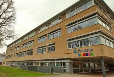 Corona-uitbraak op middelbare school in Wageningen; leerlingen en docenten weer thuis