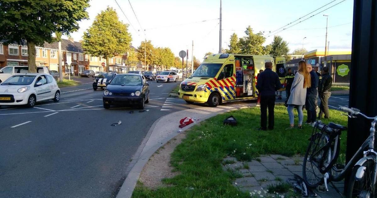 Automobilist met spoed naar ziekenhuis na ongeval bij Staphorst.