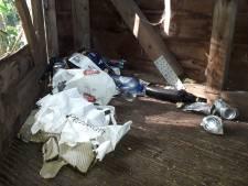 Planken losgetrokken en vernield en overal afval: kijkhut van Natuurpunt in de Assels weer mikpunt van vandalen