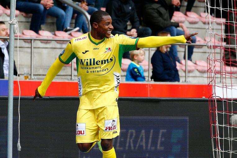 Joseph Akpala speelt opnieuw voor Oostende, maar onderhield voordien zijn conditie dus bij Club Brugge - een van zijn andere ex-ploegen.