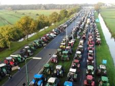 Boeren woest om tractorverbod bij grote protestactie in De Bilt: 'We worden van achteren genaaid'