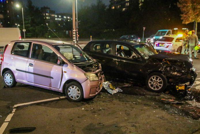De schade aan de auto's is fors.