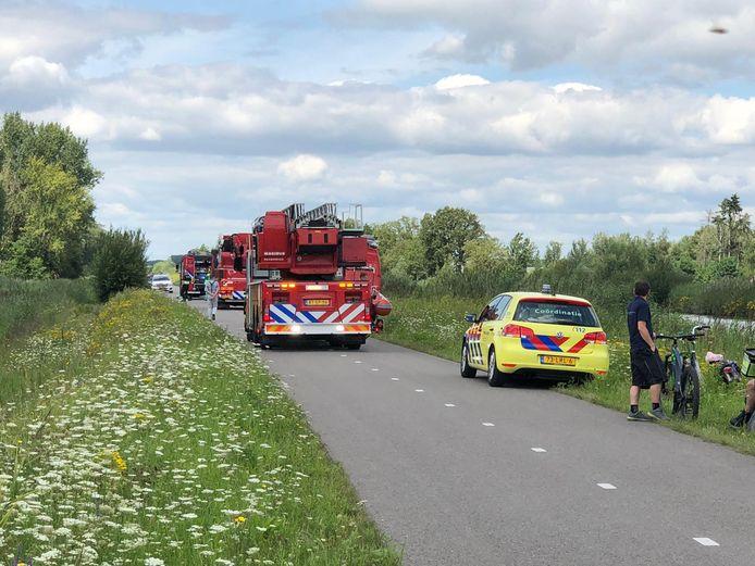 Auto te water in Veghel, slachtoffer zwaargewond.