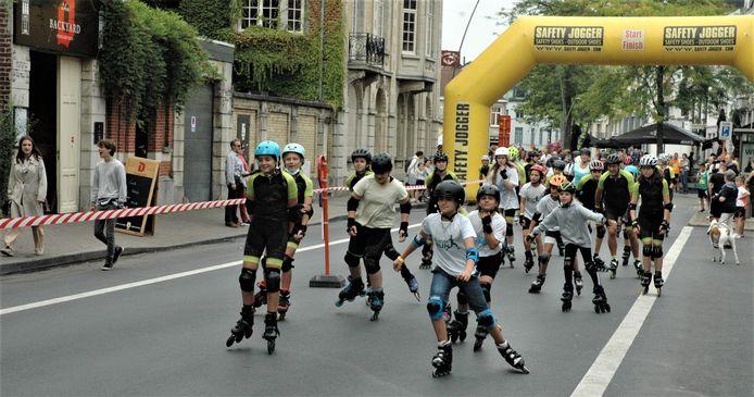 Skeelerclub KORR was ook van de partij met een apart parcours dat niet over de Grote Markt liep.