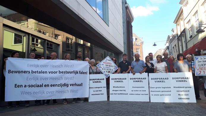 Protest voorafgaand aan de vergadering van de gemeenteraad van Den Bosch.