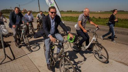 Eerste deel nieuw fietspad ingereden