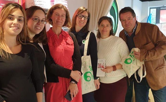 Tineke, Marieke, Nathalie en de Homaar-vrijwilligers krijgen de steun van de Nationale Loterij.