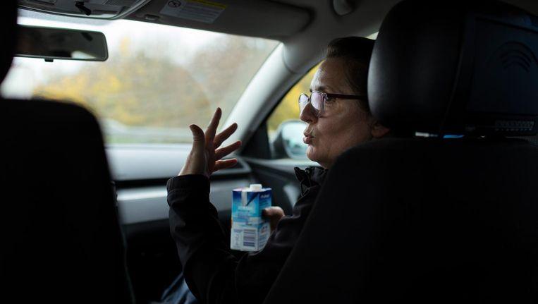 Met Ludwiga onderweg naar Polen. Het is tien uur en duizend kilometer rijden naar Legnica Beeld Roger Cremers