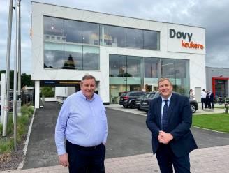 Volledig vernieuwd filiaal Dovy Keukens in Schoten is grootste keukentoonzaal van heel ons land