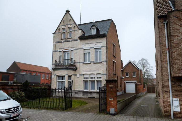 Politici bekvechten om herenhuis wommelgem regio hln for Huis te koop in wommelgem