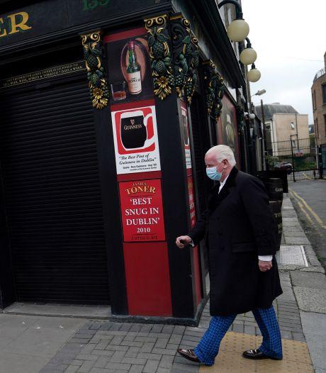 Les pubs et restaurants irlandais rouvrent en salles, uniquement pour les vaccinés