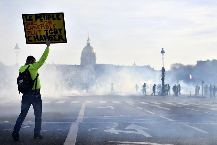 'Acte 14' van de gele hesjes in Parijs. Beeld EPA