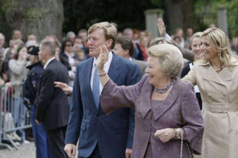 Ruim een maand na het drama van Koninginnedag was vrijwel de voltallige koninklijke familie zaterdag opnieuw in Apeldoorn. ANP Beeld