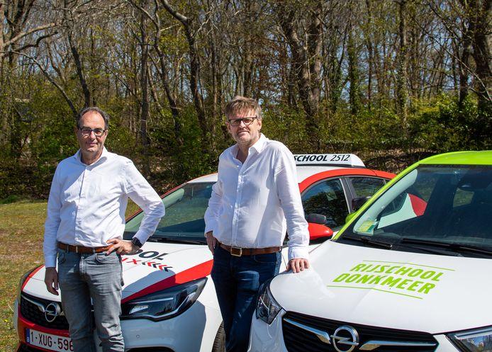 Bert De Meyer van Rijschool Donkmeer en Fons Uyttenhove van Rijschool Traffix zijn enthousiast over de fusie.