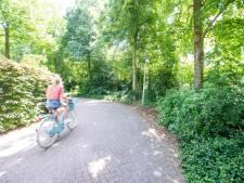 En weer een ongeluk in deze gevaarlijke bocht in Nijverdal: '47 jaar geleden trokken we al aan de bel'